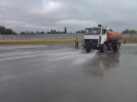 aeroport-zhulyanyi-nanesenie-gidroizolyatsionnogo-i-zaschitnogo-pokryitiya-2
